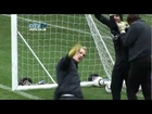 JOE HART SINGS Oasis Wonderwall Inside Training at Manchester City HD
